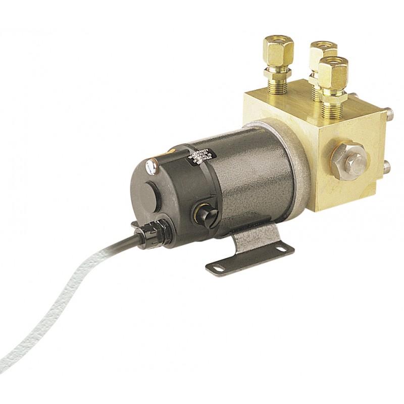 SIMRAD RPU80 0.8 L/min 12vDC Reversible Pump